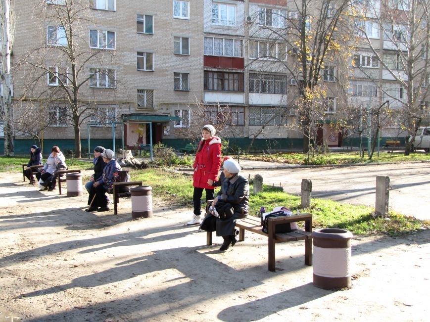 Еще в одном мелитопольском дворе появилась спортивная площадка (фото, видео), фото-5