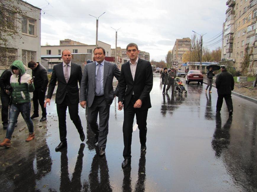 Губернатор в Мелитополе принимал отремонтированную дорогу (фото, видео), фото-5