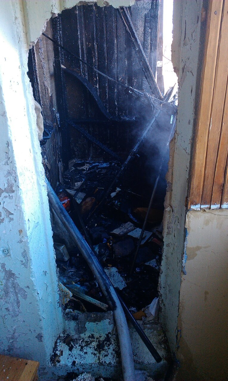 В Каменском при пожаре в многоэтажке пострадал мужчина, фото-1
