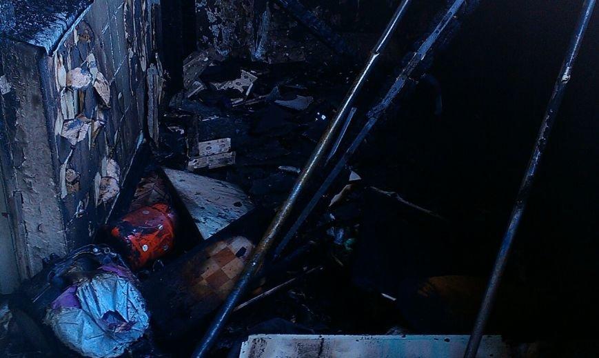 В Каменском при пожаре в многоэтажке пострадал мужчина, фото-2