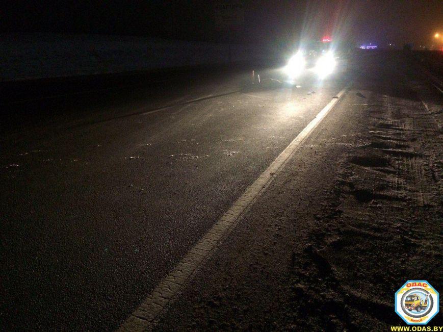 "На трассе ""Минск-Гродно"" пешехода сначала сбил БМВ X5, а затем переехал Опель: мужчина погиб, фото-2"