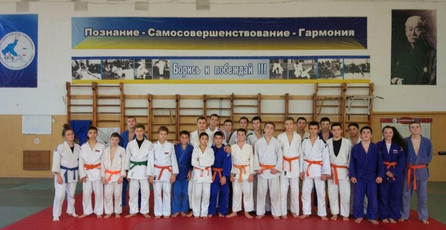 В эту субботу традиционный День Борьбы ялтинские дзюдоисты провели в Симферополе, фото-1