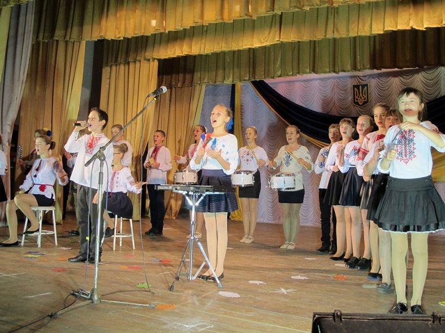 В Бахмутском районе для военнослужащих устроили концерт, фото-7