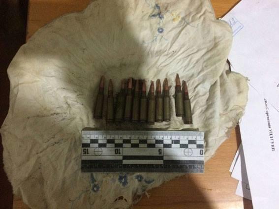 Обріз, саморобну шаблю, багнет та набої вилучили поліцейські за минулий тиждень, фото-1