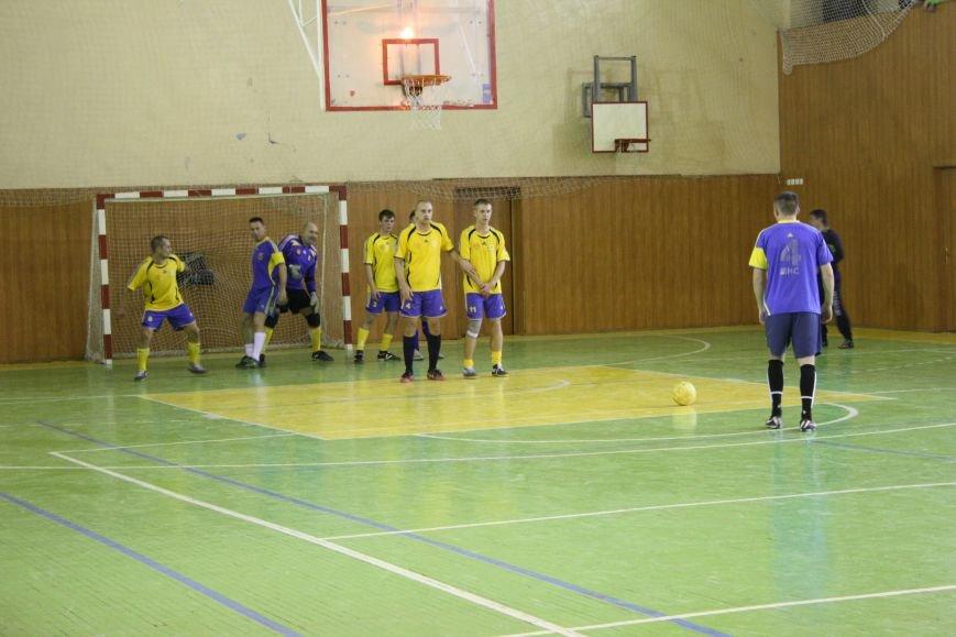 Мелитопольские спасатели стали лучшими в областных соревнованиях по мини-футболу (фото), фото-3