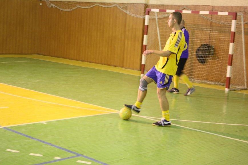 Мелитопольские спасатели стали лучшими в областных соревнованиях по мини-футболу (фото), фото-2