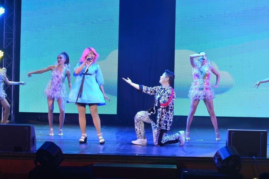 Героем юбилейного шоу Аниты Цой стала 77-летняя ростовчанка, фото-2