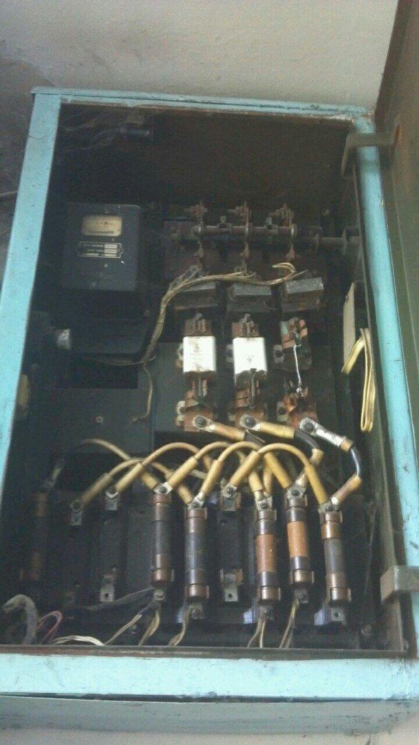 Через недобросовісних електриків у конотопців виходять з ладу побутові прилади, фото-1