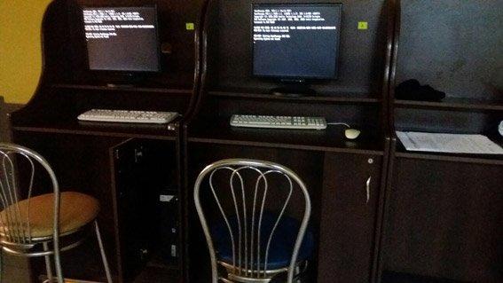 В Первомайске полиция «накрыла» зал игровых автоматов (ФОТО), фото-2