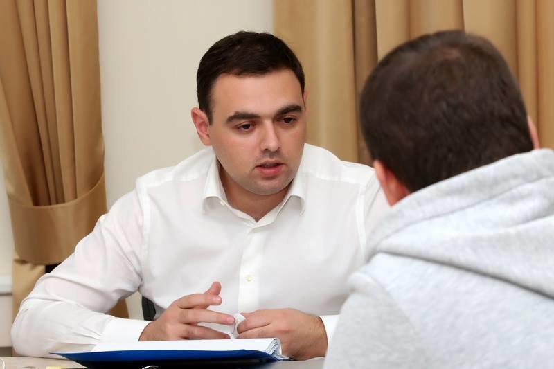 Госстат: Украинские женщины зарабатывают натреть менее мужчин