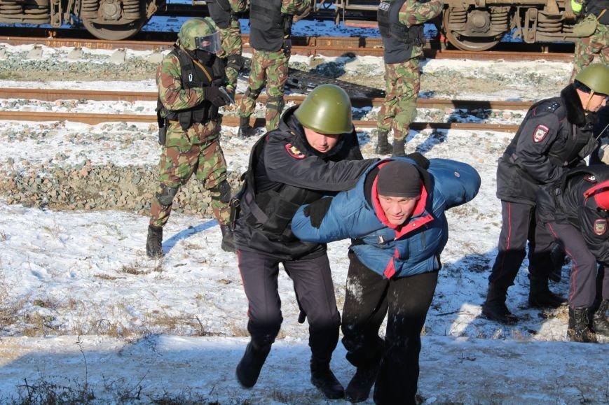 ФСБ Саратова провели в городе антитеррористические учения, фото-2