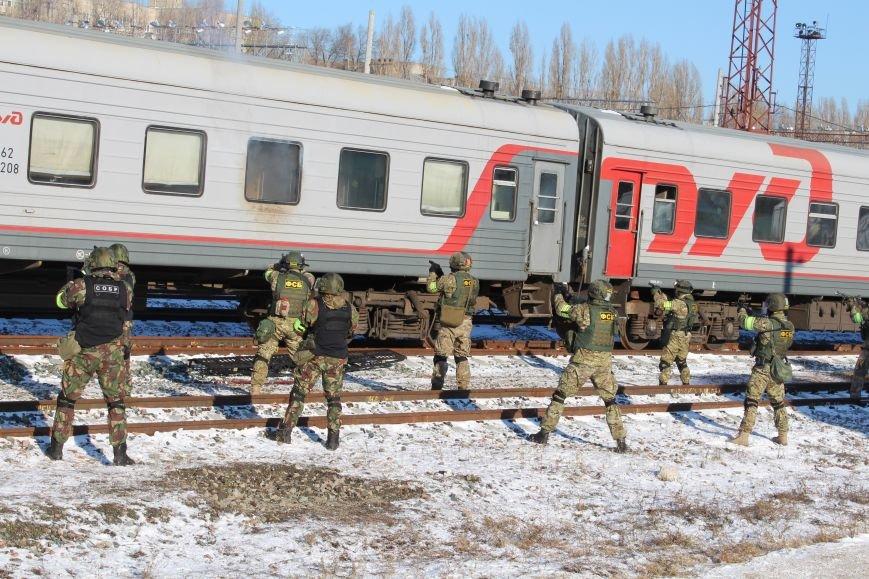 ФСБ Саратова провели в городе антитеррористические учения, фото-4