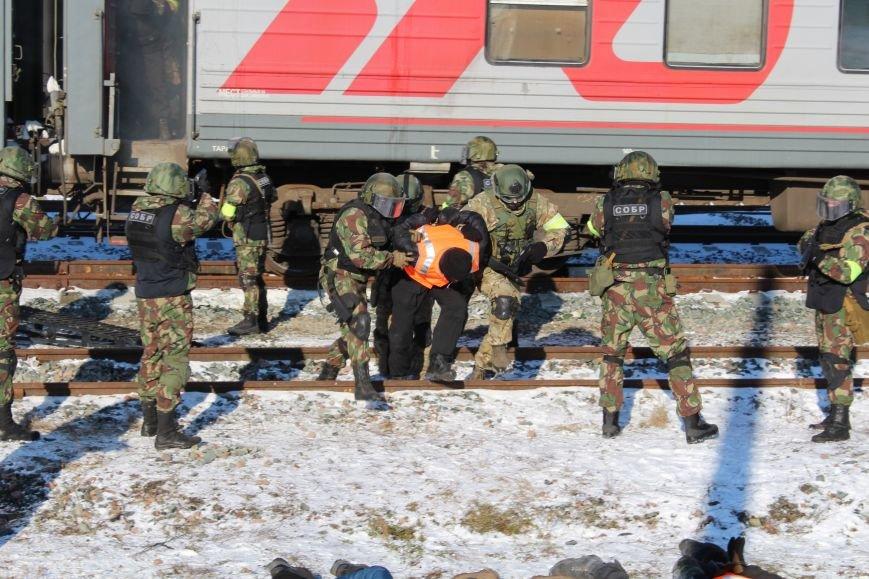 ФСБ Саратова провели в городе антитеррористические учения, фото-3