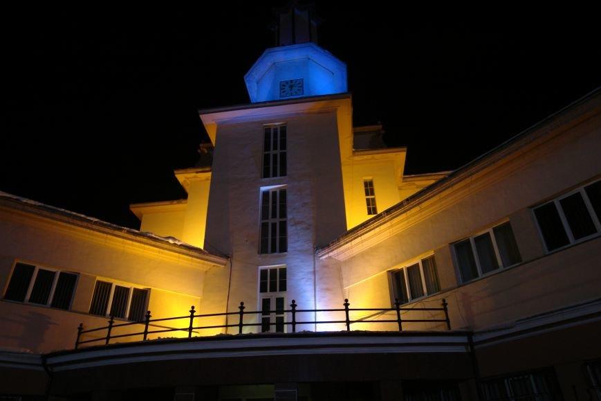 Франківська ратуша засвітилася по-новому (ФОТОЗВІТ), фото-10