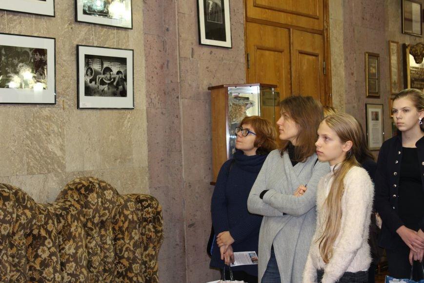 """В Николаеве состоялась фотовыставка под названием """"Спустя 20 лет...."""" (ФОТО), фото-1"""