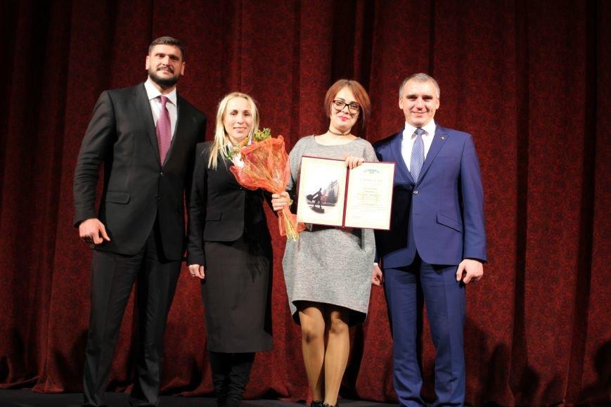 Лучших николаевских студентов наградили стипендией мэра (ФОТО), фото-2