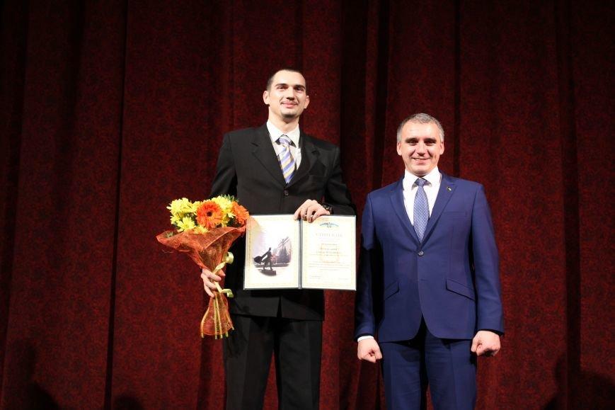 Лучших николаевских студентов наградили стипендией мэра (ФОТО), фото-10