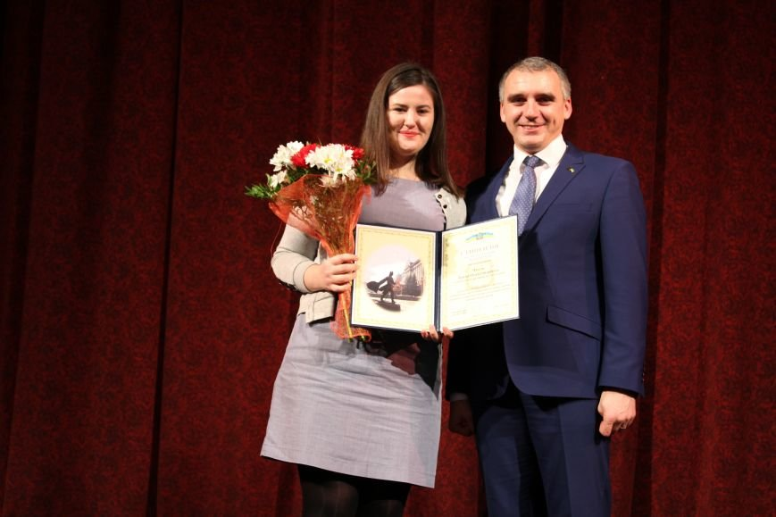 Лучших николаевских студентов наградили стипендией мэра (ФОТО), фото-7
