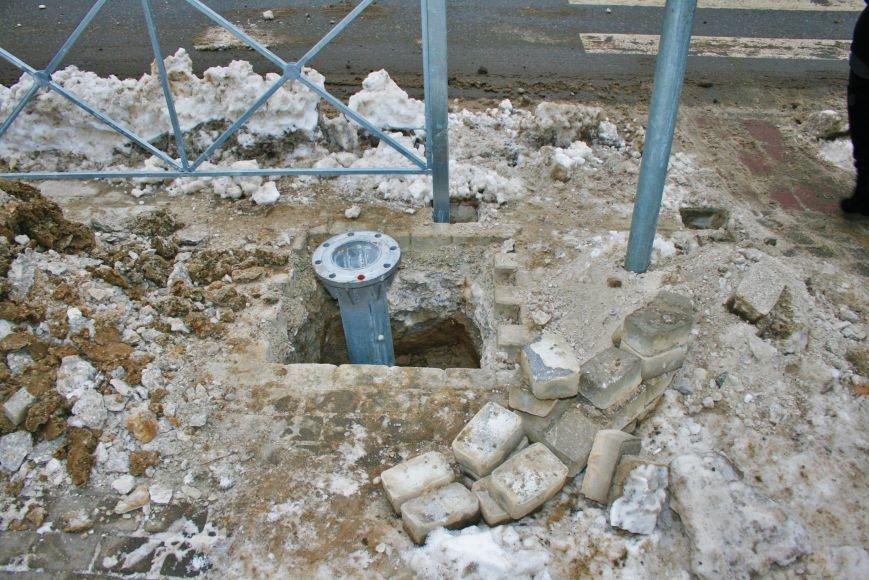 Железные ограждения установили вдоль проезжей части в Троицке, фото-1
