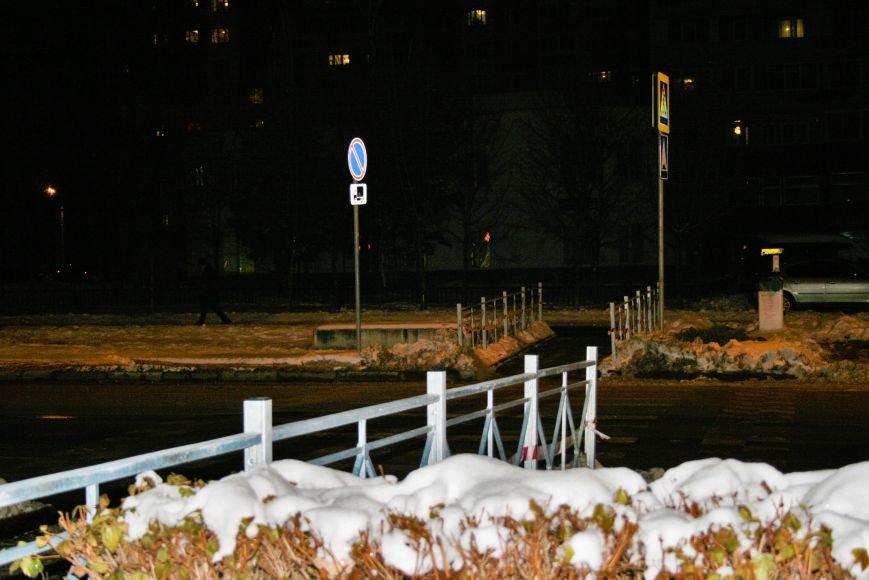 Железные ограждения установили вдоль проезжей части в Троицке, фото-6