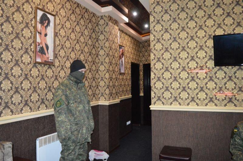 В Краматорске арестовали помещения так называемого массажного салона, фото-4