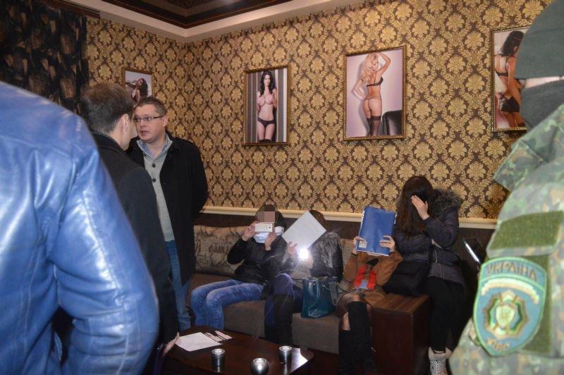 В Краматорске арестовали помещения так называемого массажного салона, фото-2