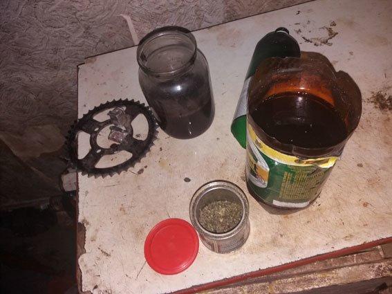 На Сумщине у угонщиков мотоцикла нашли наркотики (ФОТО), фото-2