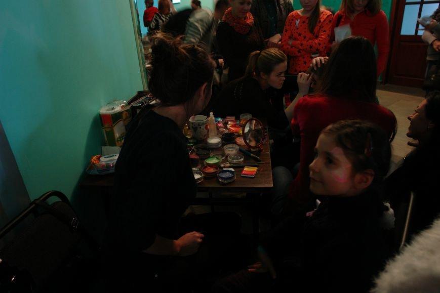 """Сьогодні філармонія стала справжнім """"дивопростором"""" для франківської дітвори (ФОТОРЕПОРТАЖ), фото-9"""