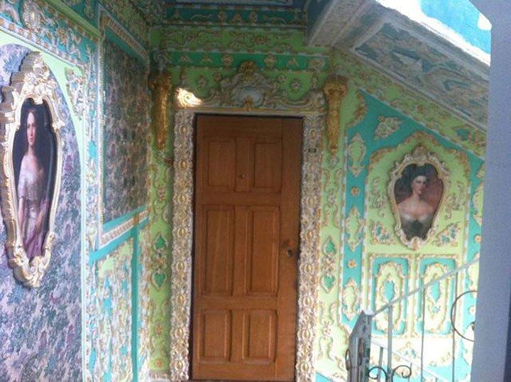 Ідея для франківських домоуправителів. Або як обісцяний під'їзд перетворити на мистецтво. Фото, фото-12