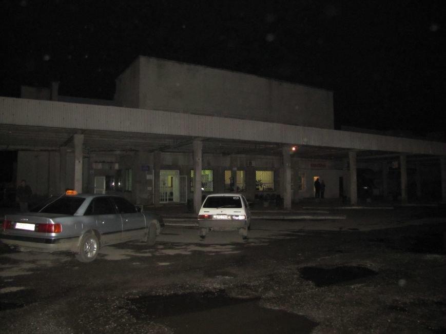 Из-за угрозы взрыва поезда не заезжают на ст. Мелитополь (фото), фото-1