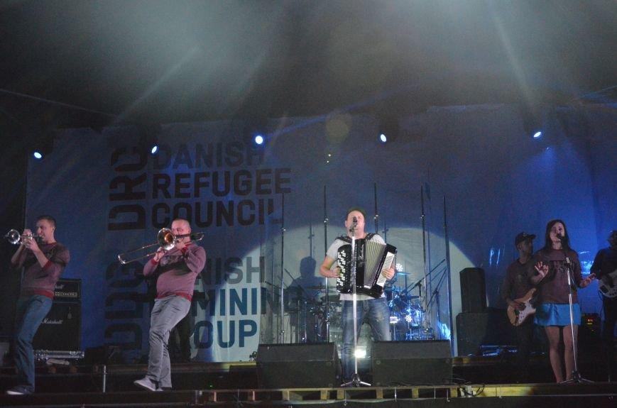 """В Мариуполе группа """"ТИК"""" устроила взрыв эмоций на бесплатном концерте (ФОТО+ВИДЕО), фото-17"""