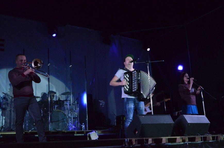 """В Мариуполе группа """"ТИК"""" устроила взрыв эмоций на бесплатном концерте (ФОТО+ВИДЕО), фото-16"""