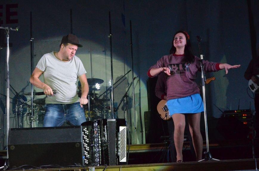 """В Мариуполе группа """"ТИК"""" устроила взрыв эмоций на бесплатном концерте (ФОТО+ВИДЕО), фото-20"""