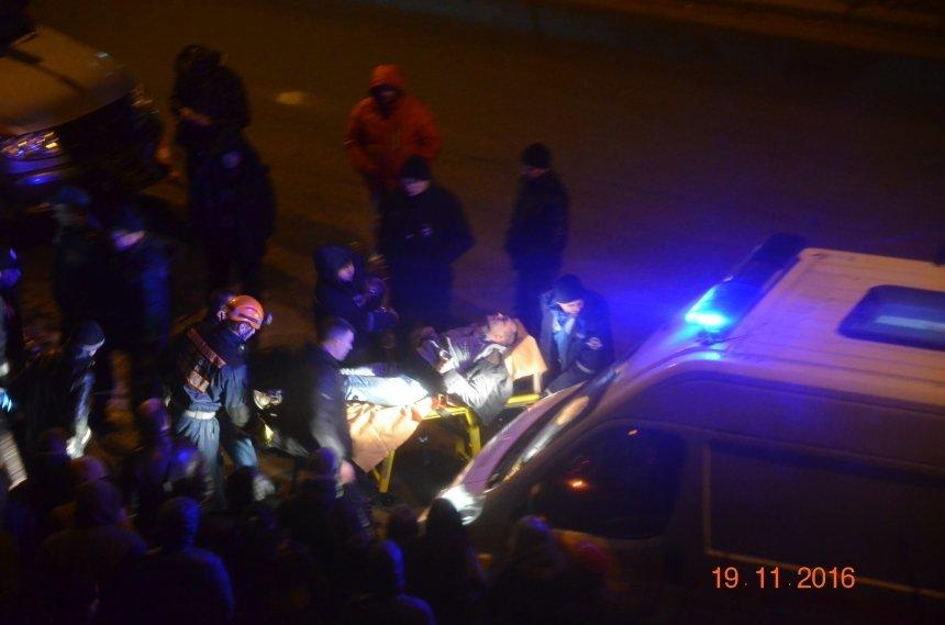 В Николаеве в следствии ДТП пострадали два человека (ФОТО), фото-1