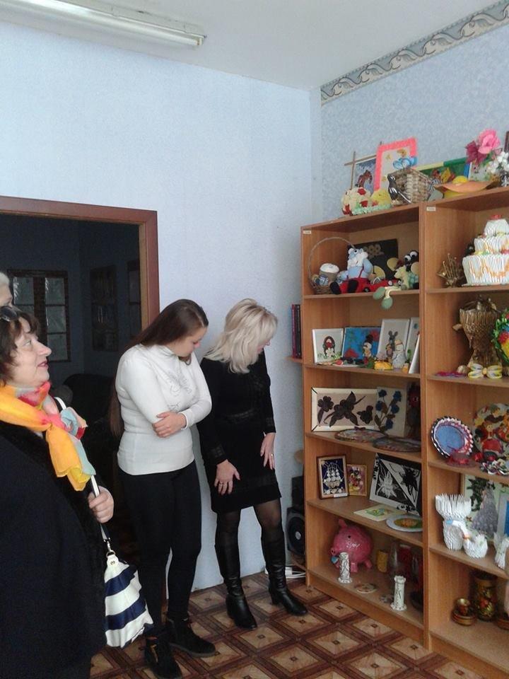 Подопечным Мирненского Центра реабилитации детей подарили полезные подарки, фото-2