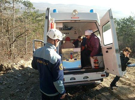 На выходных крымские спасатели оказали помощь трем пострадавшим в горах (ФОТО), фото-1