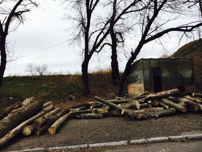 В Мариуполе с блокпостов исчезли модули, которые установил Саакашвили (ФОТО), фото-1