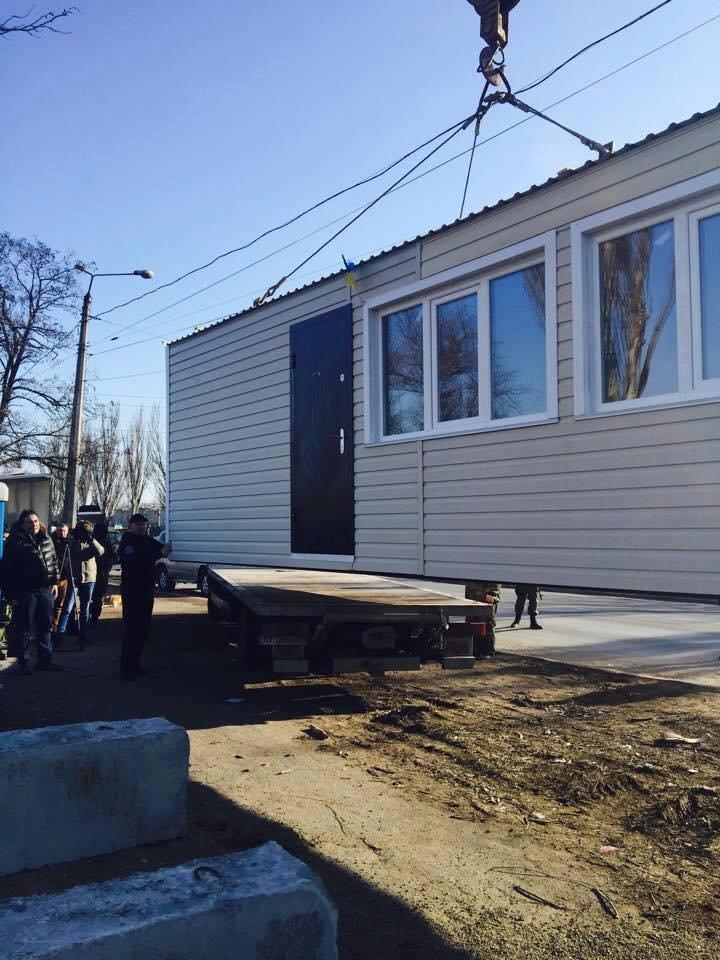 В Мариуполе с блокпостов исчезли модули, которые установил Саакашвили (ФОТО), фото-3