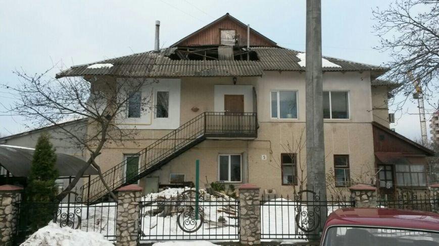 У Тернополі через сніг обвалився дах в житловому будинку (Фото), фото-1