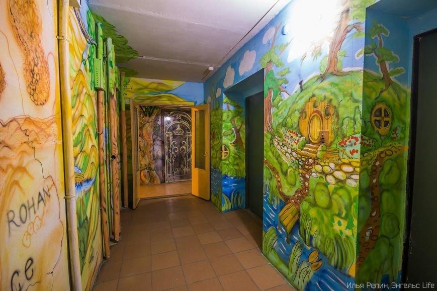 В Энгельсе появился уникальный разрисованный подъезд, фото-4