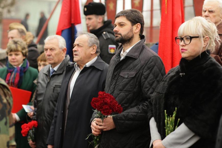 В Симферополе проводили в последний путь крымского солдата, погибшего 73 года назад под Ленинградом (ФОТО), фото-4