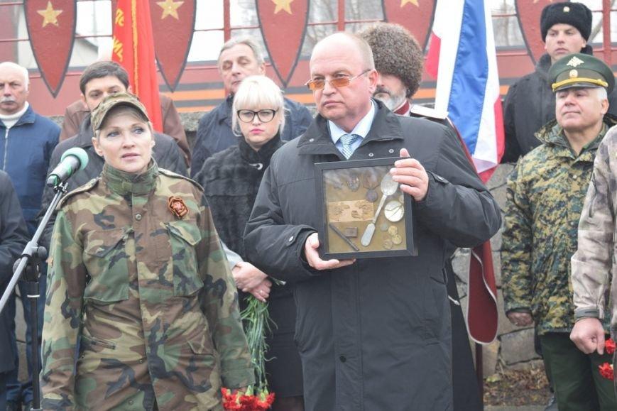 В Симферополе проводили в последний путь крымского солдата, погибшего 73 года назад под Ленинградом (ФОТО), фото-3