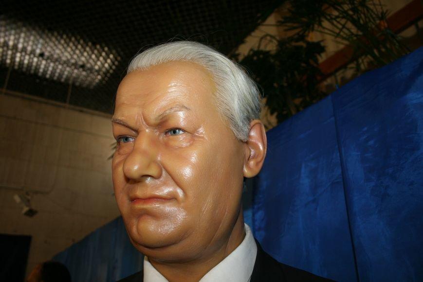 В Троицк привезли 36 восковых фигур из Санкт-Петербурга, фото-6