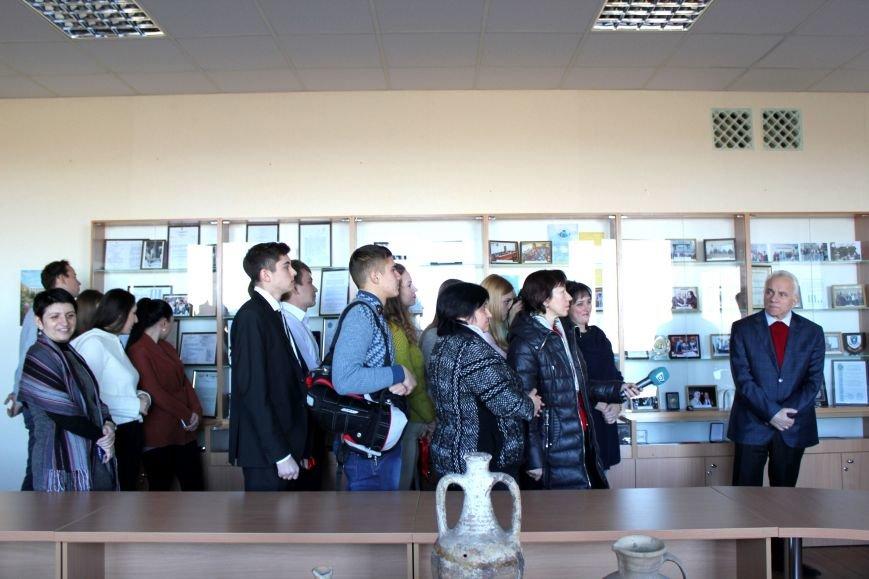 В Мариуполе открылся Музей истории и археологии МГУ (ФОТО), фото-1