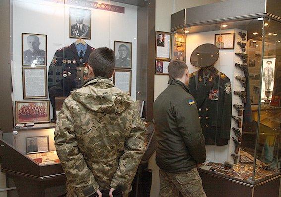В обласному управлінні поліції побували ліцеїсти з Кам'янця-Подільського, фото-2