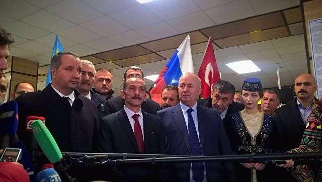 В Крым прибыла турецкая делегация, в составе которой - брат и советник Эрдогана (обновлено, ФОТО), фото-1