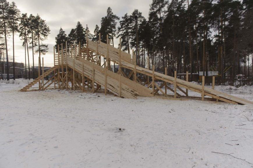 Городская елка в Полевском строится в парке, фото-3