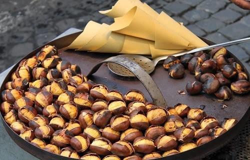 У Франківську можна скуштувати смажені французькі каштани (ФОТО), фото-2