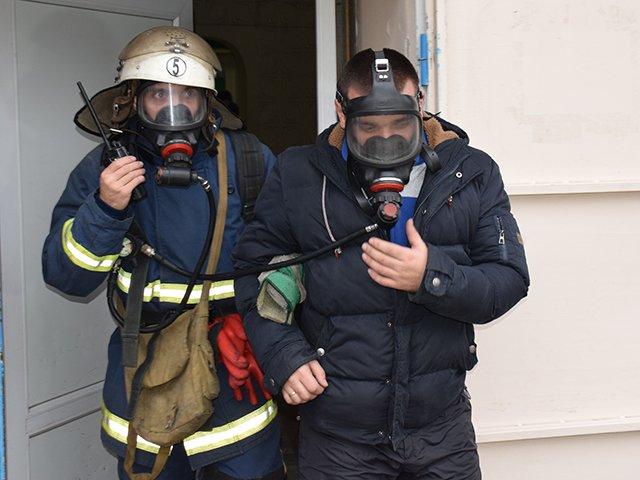 Николаевские спасатели провели тактико-специальные учения на базе Витовской больницы (ФОТО), фото-1