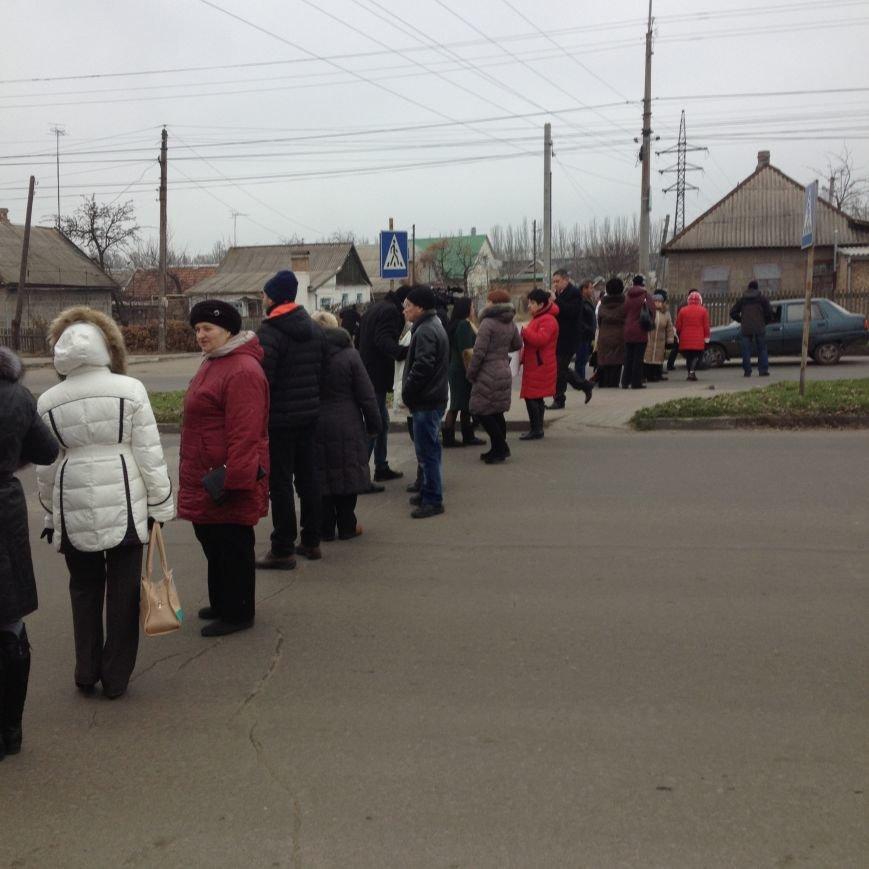 Персонал Никопольской станции скорой помощи продолжает отстаивать своё здание (фото), фото-12